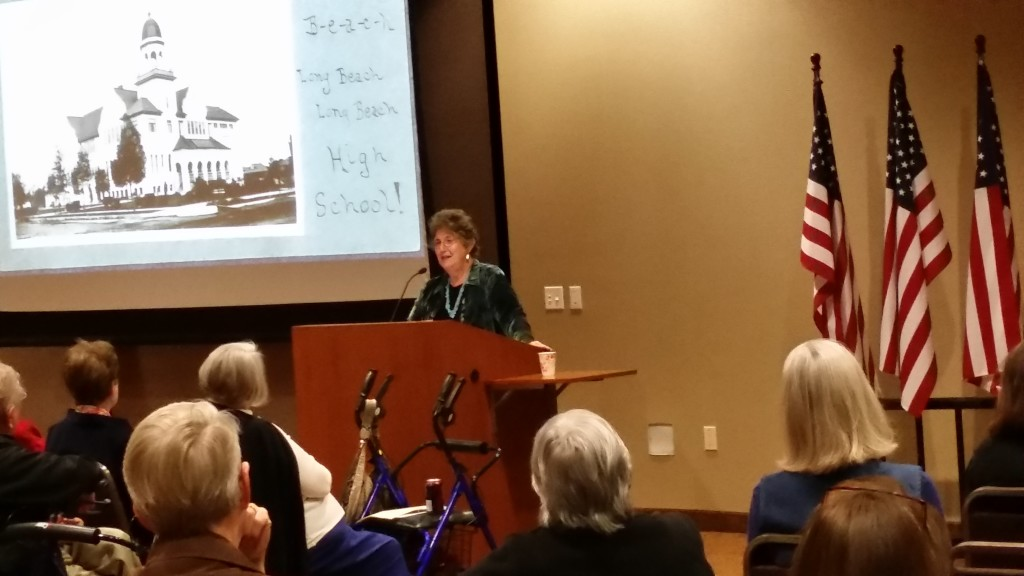 TEMECULA - SPEAKING TO THE GENEALOGICAL SOCIETY